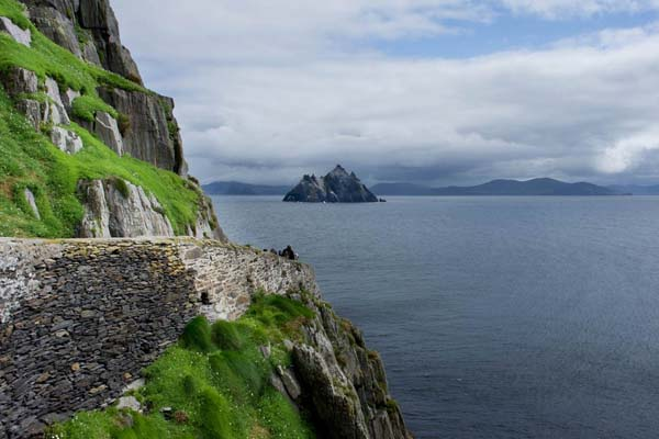 4.) Skellig Island Path (Ireland): Skellig Michael is an island near Ireland. A Christian monastery was founded on the island at some point between the 6th and 8th century, but was later abandoned in the 12th century. The remains of this monastery, along with most of the island itself, are a UNESCO World Heritage Site. The stone steps wind around the cliffs and the trail has over 600 steps that are over 1,000 years old.