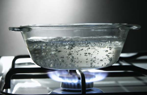 22.) In just 30 minutes, your body can produce enough heat to boil half a gallon of water.