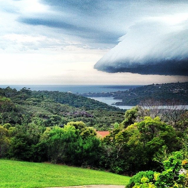 3.) Cloud mothership moving in over Sydney, Australia.