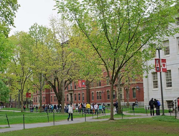 4.) Harvard University was founded before calculus was discovered: Harvard, the oldest institution of higher education in the US, was founded in 1636. Calculus wasnt discovered until about 1684.