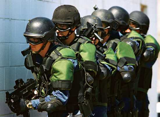 Us Customs And Border Protection Officers